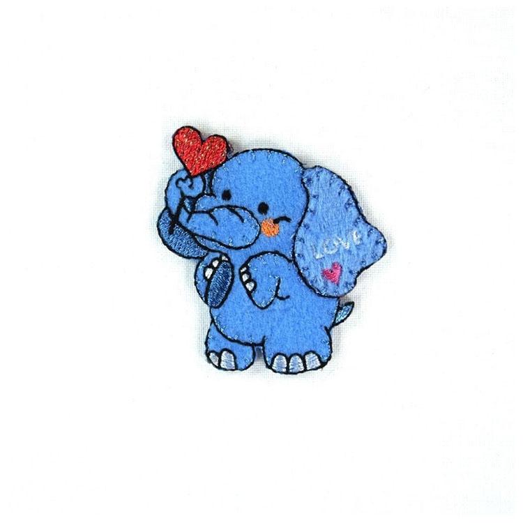 Applikation verliebter Elefant | stoffe-hemmers.de