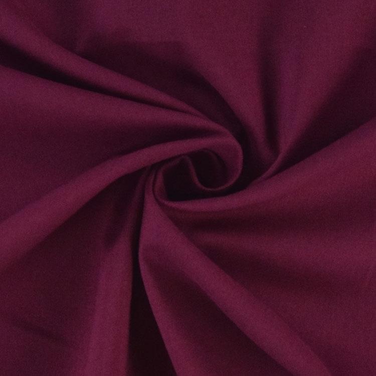 Hauchzarter Voile für Weihnachtsdeko in Trendfarbe