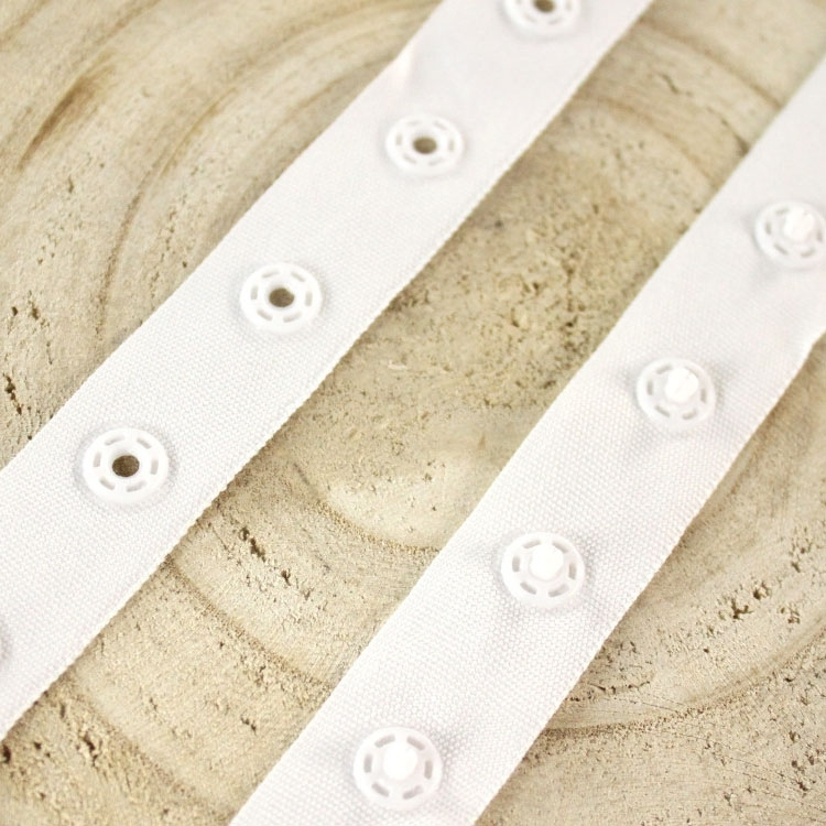 Snap popper tape, white