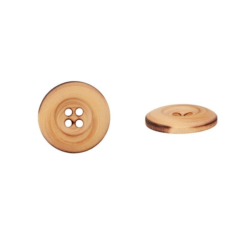 Holzknopf mit vier Löchern