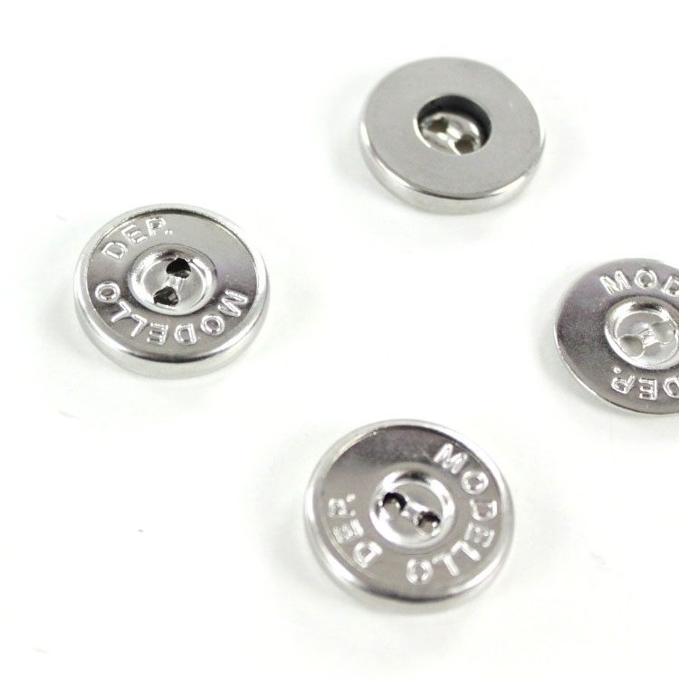 Magnet button, 2-Hole, 18 mm, silver