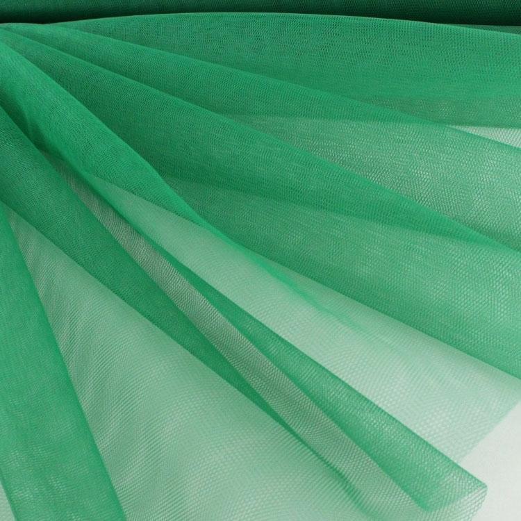 Tüllstoff in Grün