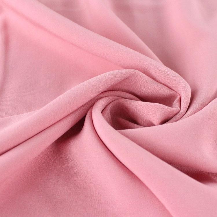 Rosafarbener Unistoff für unbegrenzten Nähspaß